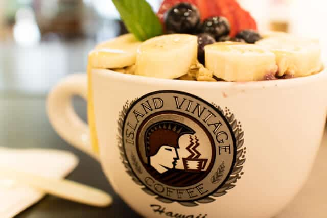 Island Vintage Coffee アラモアナセンター アサイーボール
