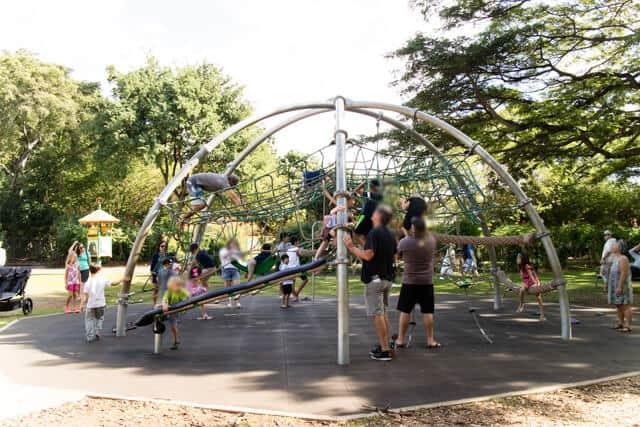 ホノルル動物園園内遊具