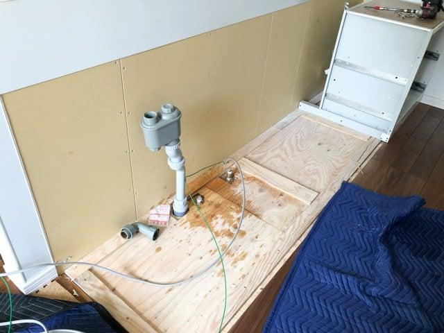 食洗機ビルトイン設置工事3