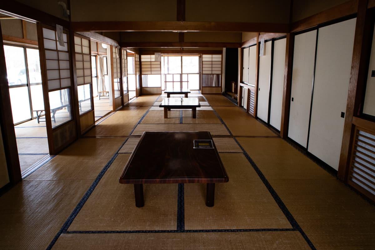 日光温泉寺の休憩室