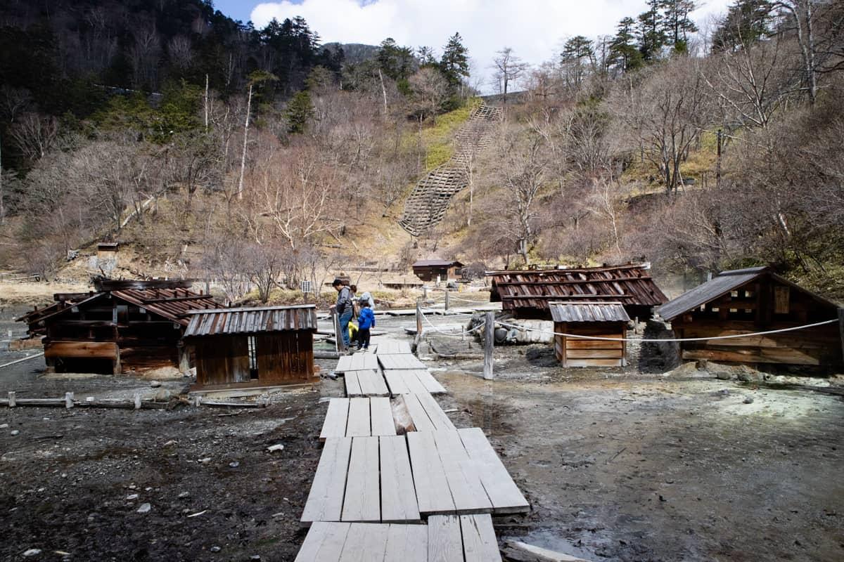 日光温泉寺の近くの源泉