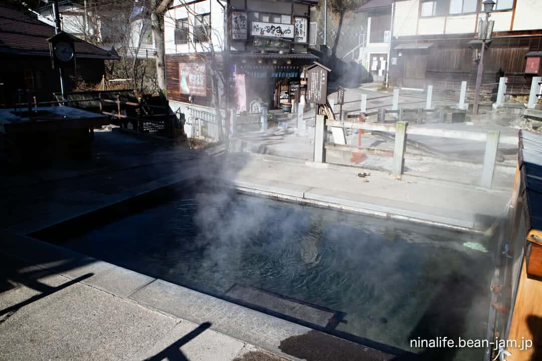 野沢温泉の麻釜の源泉