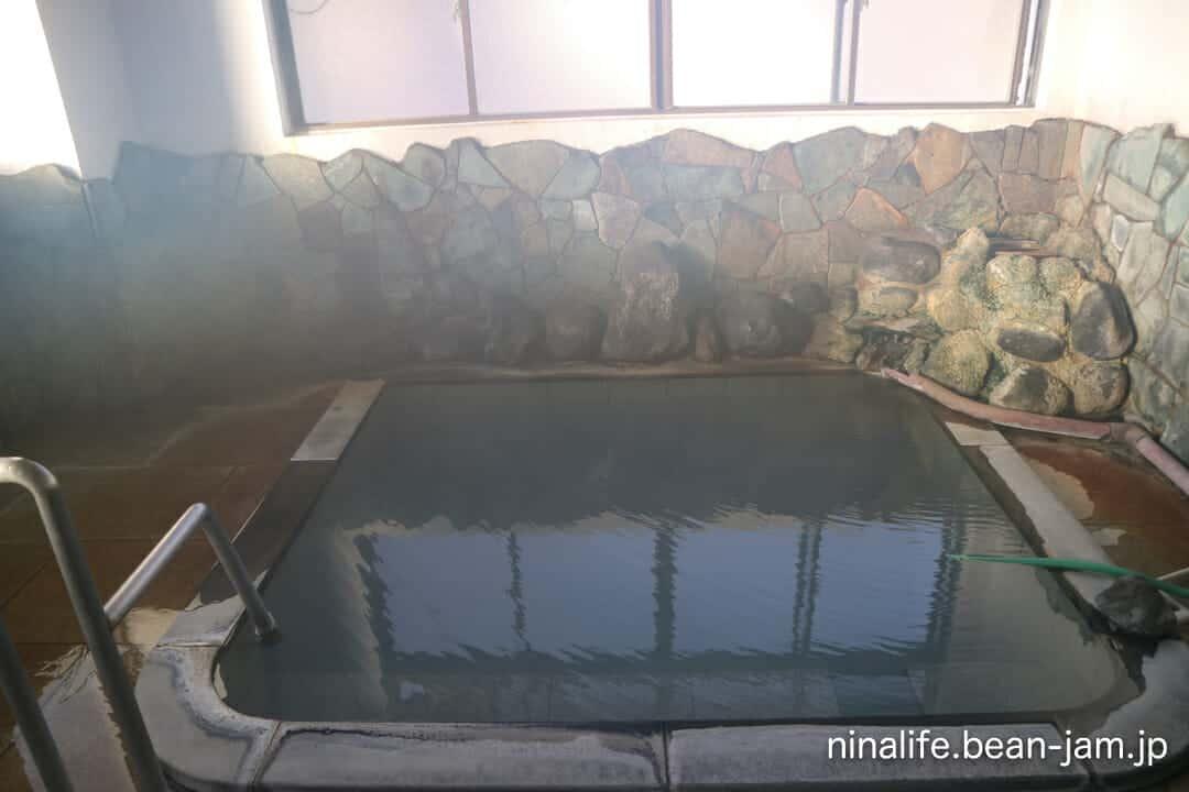 野沢温泉の宿・池元の浴室
