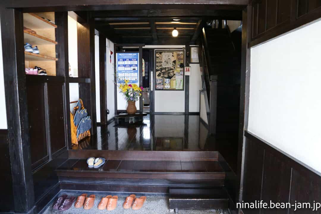 野沢温泉民宿・いけしょう玄関