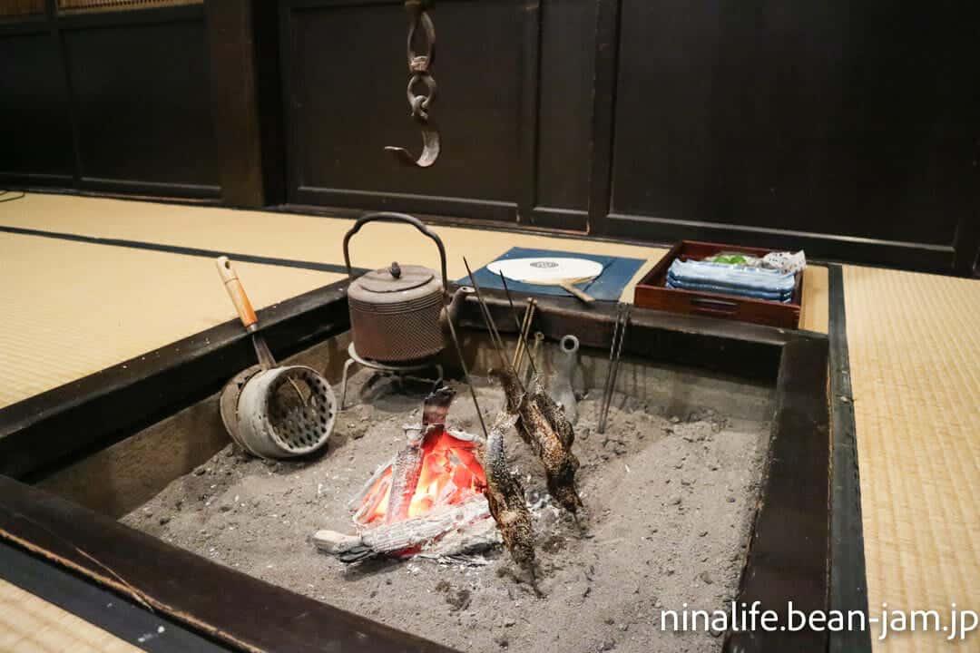 野沢温泉民宿・いけしょうの囲炉裏